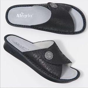 Alegria by PG Lite | Women's Vivica Black Sandals
